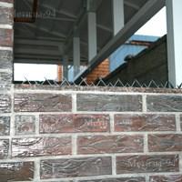 Накладка Їжачок на кирпичных конструкциях