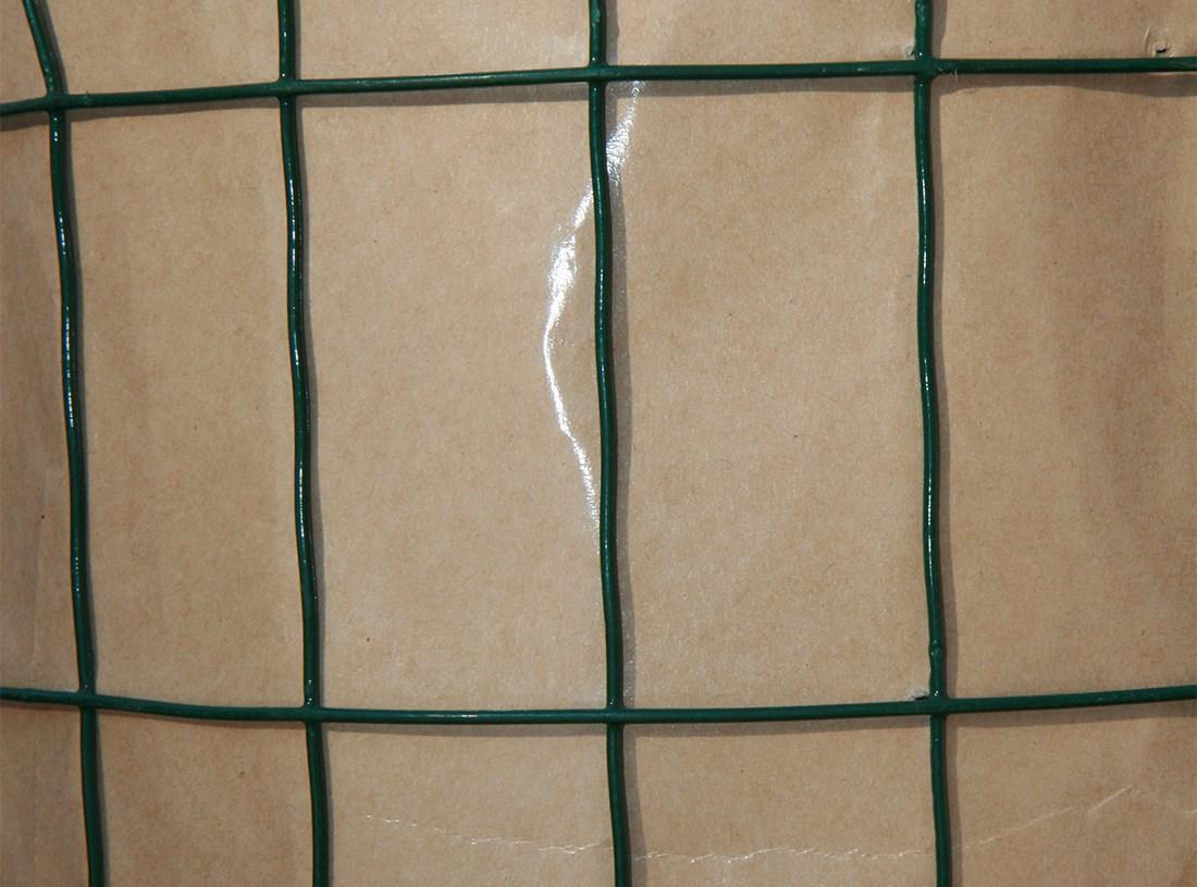 рулон сетки Euro Fence с полимерным покрытием на забор