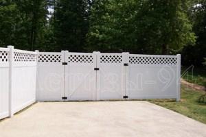 Фото пластиковых заборов, фото калиток и ворот на объектах