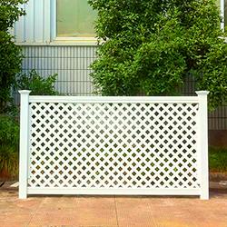 Пластиковая решетка - оригинальное решение для ограждение дома