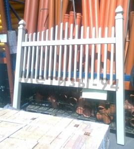 пластиковый забор штакет фото