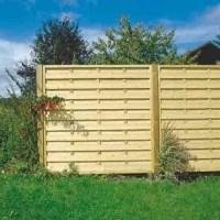 Забор из деревяных панелей