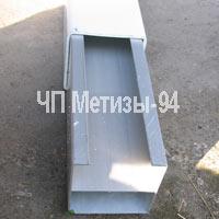 Усиленный столбик для пластикового забора